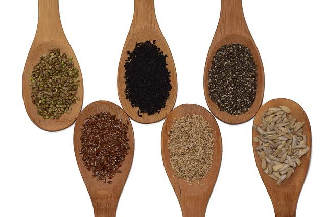 vařečky se semeny.jpg