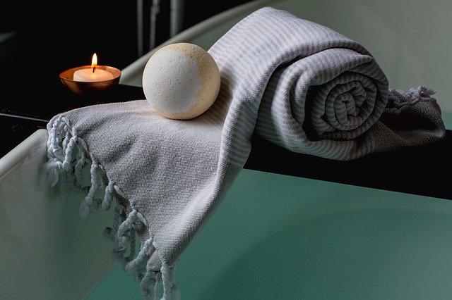 svíčka u deky