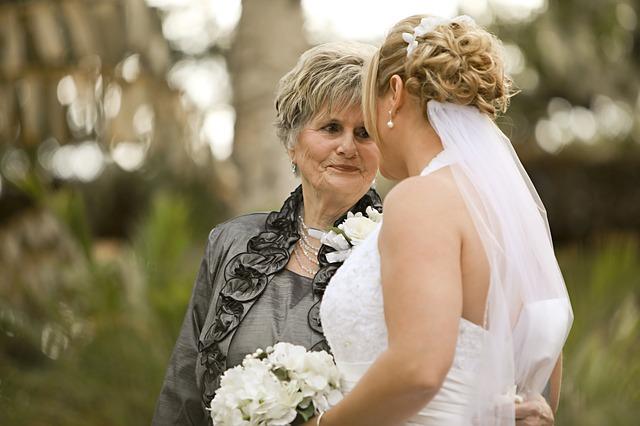 nevěsta a babička